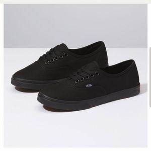 Black Authentic Lo Pro Vans
